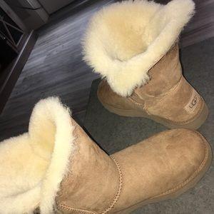Ugg Classic Cuff Short Boots Chestnut